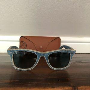 Unisex Ray-Ban sunglasses in denim